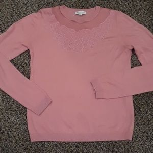 Baby pink long sleeved top with lace & embroidary